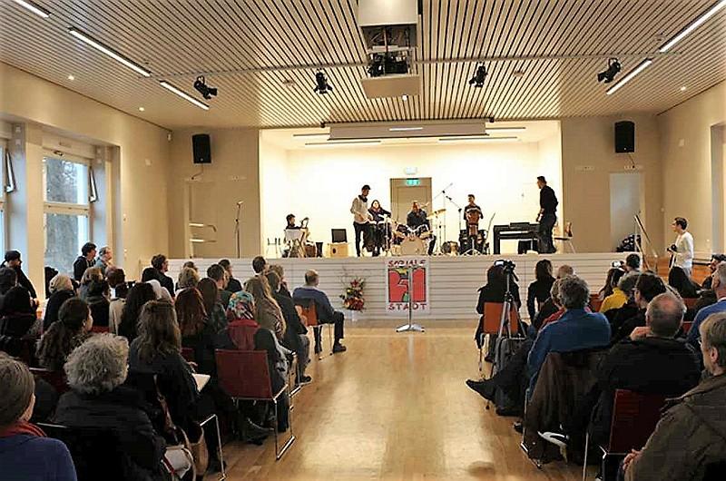 Feierliche Eröffnung Veranstaltungs- und Begnungszentrum Rollberg (Foto: Mathias Hühn)