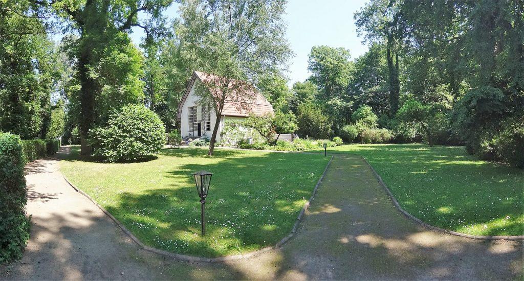 Garten des Brecht-Weigel-Hauses in Buckow