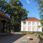 Teehäuschen und Schloss Freienwalde