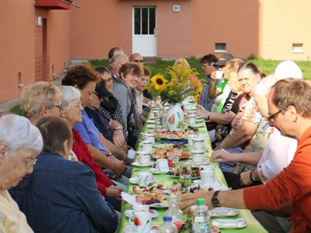 Themenfrühstück im Wohngebiet Brücke