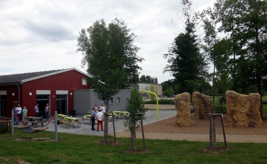 Einweihung Jugendclub Bumerang auf dem Festplatz Zehdenick