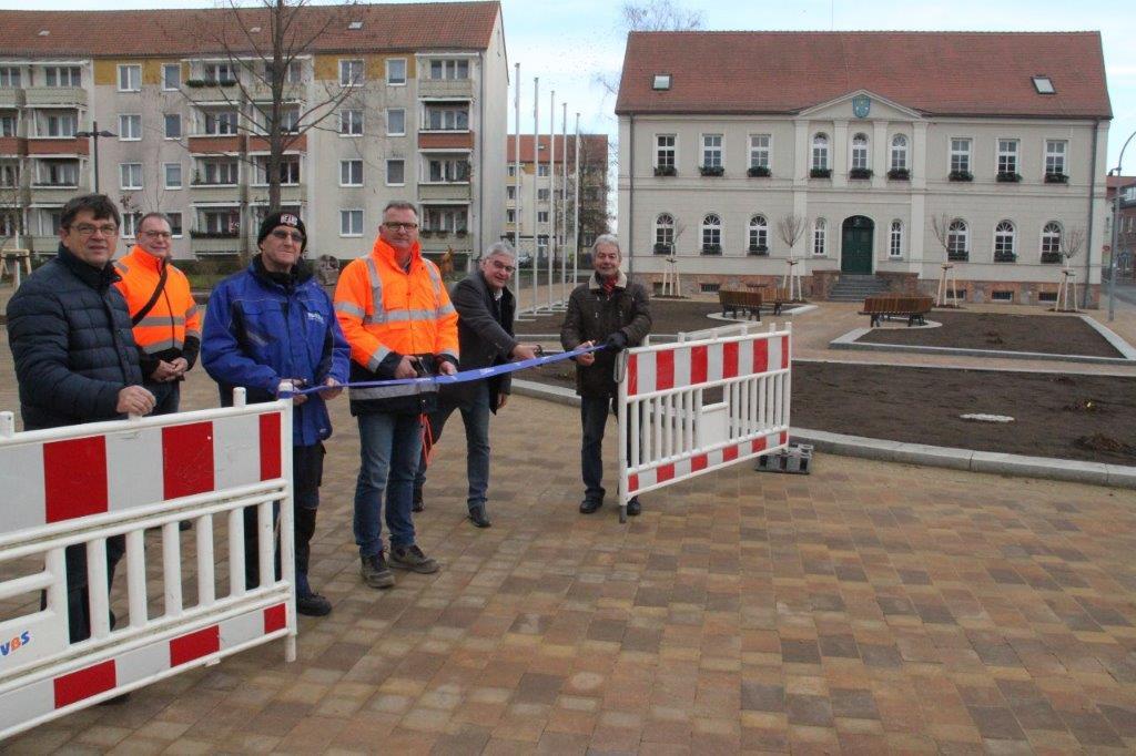 Einweihung Rathausvorplatz Seelow