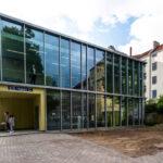 Ansicht Mehrzweckgebäude Elbe-Schule, Foto: Bergsee, blau